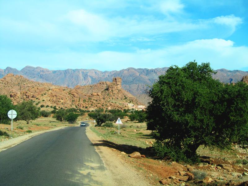 Marokko Reise, Tafraout und seine Region während der Blütezeit der Mandelbäume