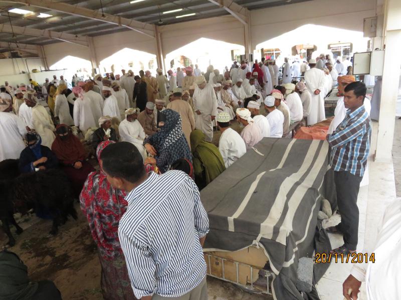 Souk Massau vente à l'encher.jpg